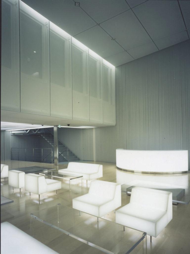 "alt=""Louis Vuitton(ルイヴィトン) 表参道:デザイナー隈研吾氏"""