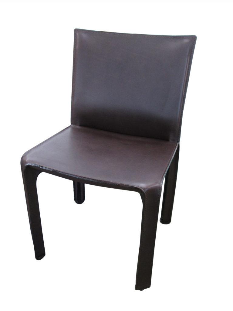"alt=""CassinaカッシーナのCABキャブ椅子の張替え"""