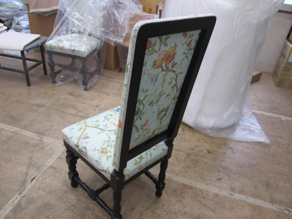 """alt=""""椅子の張替え"""""""